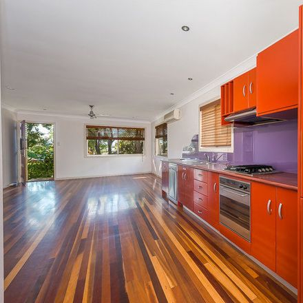 Rent this 3 bed house on 40 Blake Street