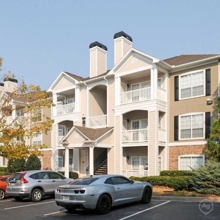 Rent this 3 bed apartment on The Heights At Towne Lake in Towne Lake Heights, Woodstock