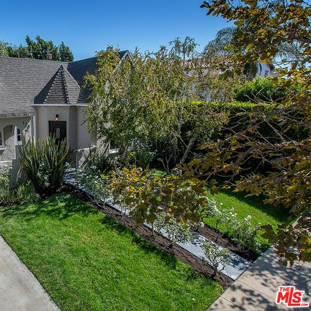 Rent this 3 bed house on 128 North Kilkea Drive in Los Angeles, CA 90048