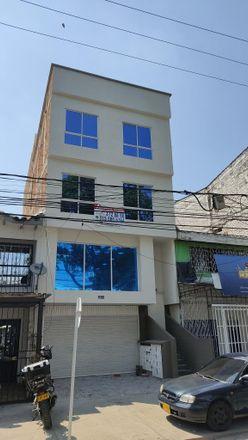 Rent this 2 bed apartment on Carrera 23 in Comuna 9, 720025 Perímetro Urbano Santiago de Cali