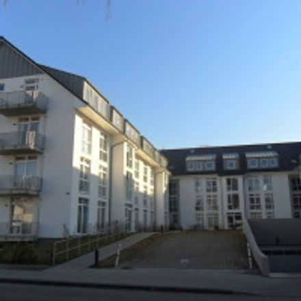 Rent this 3 bed apartment on Eidelstedter Brook 13 in 22523 Hamburg, Germany