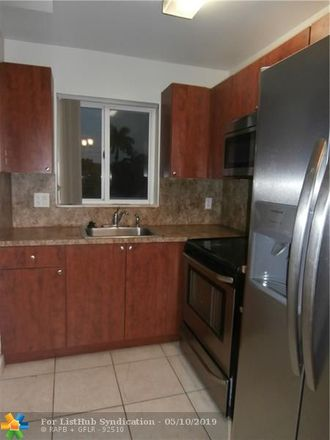 Rent this 2 bed condo on 7910 Taft Street in Hollywood, FL 33024