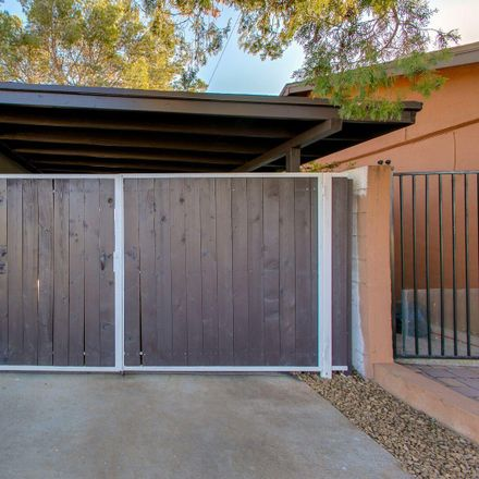 Rent this 4 bed house on East Thomas Road in Scottsdale, AZ 85251