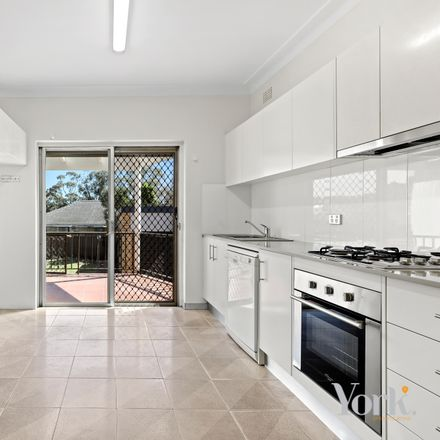 Rent this 3 bed house on 27 Walker Street