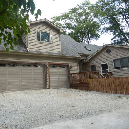 Rent this 3 bed house on 4848 171st Street in Country Club Hills, IL 60478