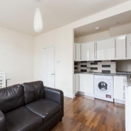 Rent this 1 bed apartment on The Jolly Gardener in 214 Garratt Lane, London SW18 4EA