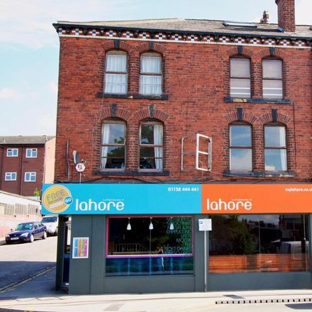Rent this 1 bed apartment on Tesco Express in 102 Burley Road, Leeds LS3 1JP