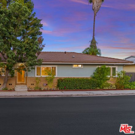 Rent this 3 bed house on Roscomare Rd in Los Angeles, CA