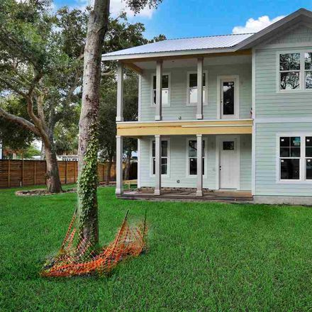 Rent this 4 bed house on Lew Blvd in Emporia, FL
