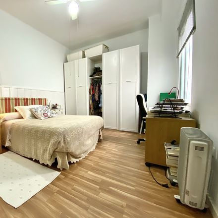 Rent this 2 bed room on Calle Gerona in 41003 Sevilla, Spain