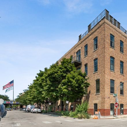 Rent this 3 bed loft on 401 North Aberdeen Street in Chicago, IL 60622