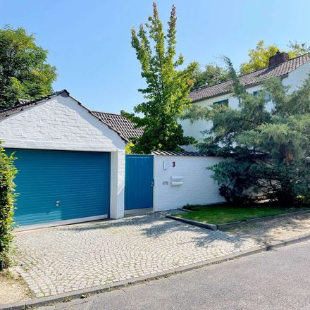 Rent this 8 bed house on 53125 Bonn