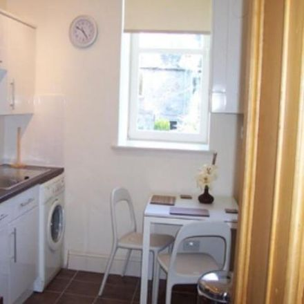 Rent this 2 bed apartment on Aberdeen Grammar School in Skene Street, Aberdeen AB10 1HT