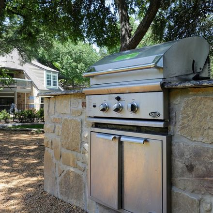 Rent this 2 bed apartment on 13731 Creekside Place in Dallas, TX 75240