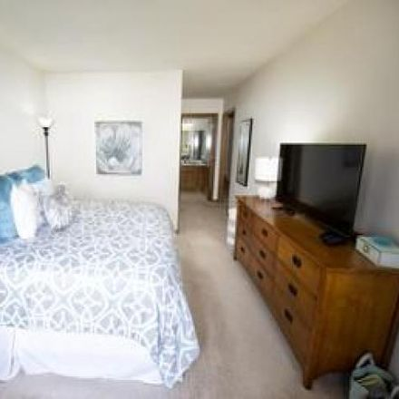 Rent this 2 bed condo on 686 Westfield Way in Village of Pewaukee, WI 53072