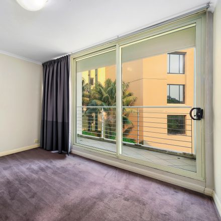 Rent this 1 bed apartment on 713/161 New South Head Road