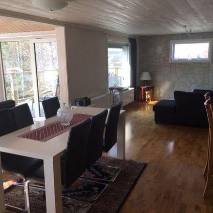 Rent this 7 bed apartment on Fläderbacken 4 in 891 78 Arnäs District, Sweden