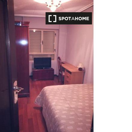 Rent this 1 bed apartment on Centro de Atención a Discapacitados Psíquicos in Paseo Lunes de Aguas, 37008 Salamanca