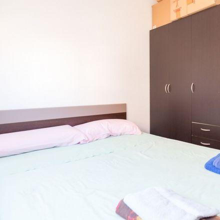 Rent this 3 bed apartment on Avinguda de Burjassot in 43, 46009 Valencia