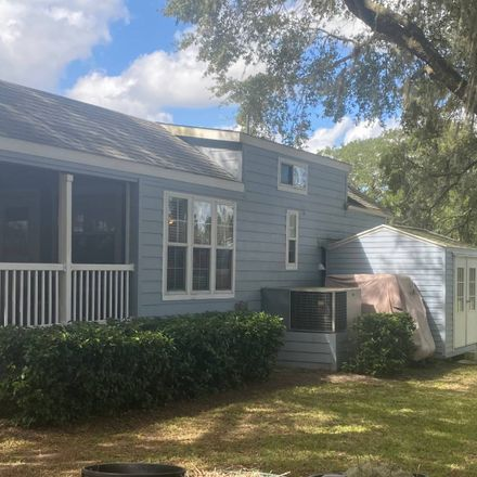 Rent this 2 bed loft on US Hwy 27 in Minneola, FL