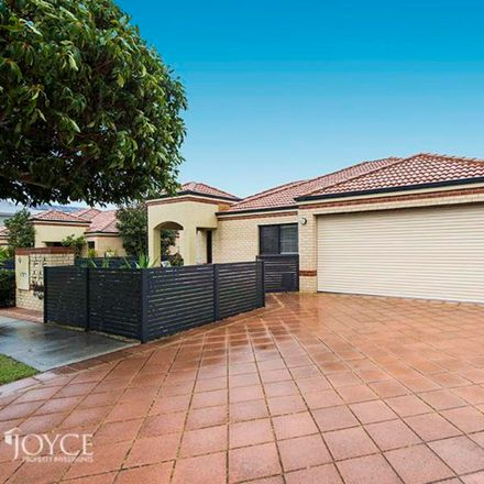 Rent this 3 bed townhouse on 1/156 Lawley Street