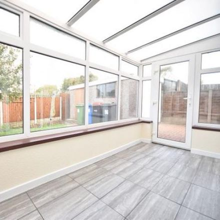 Rent this 3 bed house on Chester Avenue in Wyre FY6 7RY, United Kingdom