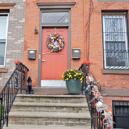 Rent this 2 bed duplex on Belmont Dr in Livingston, NJ