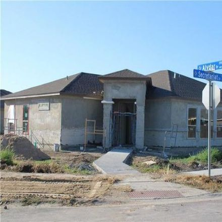 Rent this 3 bed house on Victoria