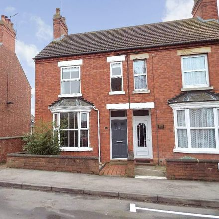 Rent this 3 bed house on 26 Queens Road in Wellingborough NN29 7SA, United Kingdom