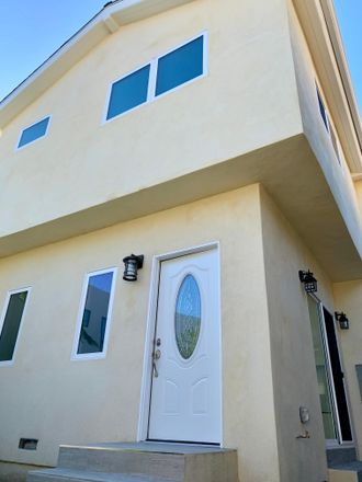 Rent this 2 bed townhouse on 2219 Glendon Ave in Los Angeles, CA 90064