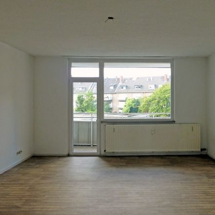 Rent this 3 bed apartment on Mitte in Berlin, Germany