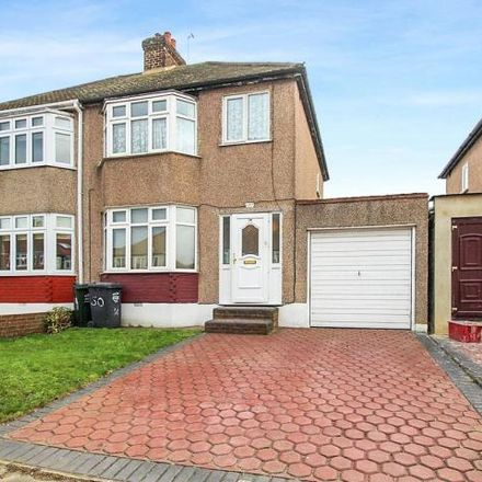 Rent this 3 bed house on Fleet Road in Dartford DA2 6JE, United Kingdom