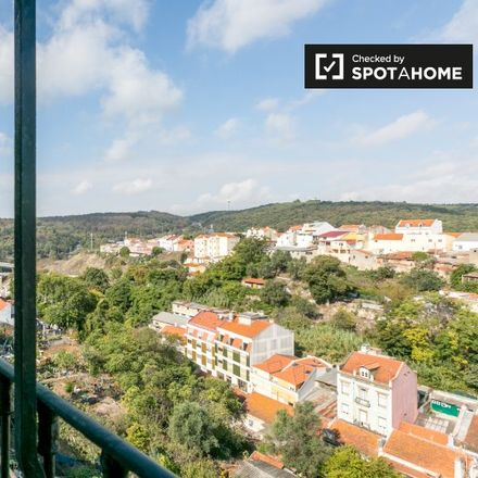 Rent this 4 bed apartment on Rua 16 in 1350-297 Lisbon, Portugal