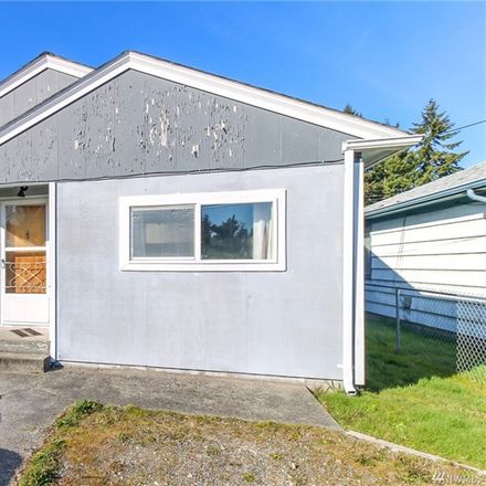 Rent this 3 bed apartment on 1105 Lafayette St S in Tacoma, WA
