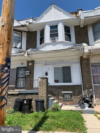 Rent this 4 bed townhouse on 5929 Larchwood Avenue in Philadelphia, PA 19143