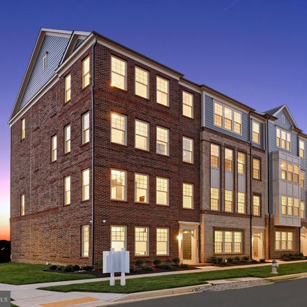 Rent this 3 bed condo on 9558 Fields Road in Gaithersburg, MD 20878