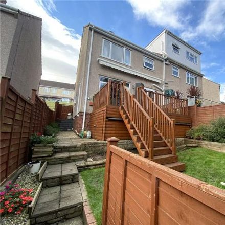 Rent this 3 bed house on Walnut Crescent in Warmley, BS30