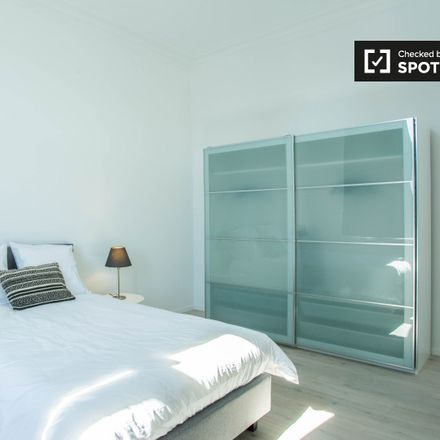 Rent this 7 bed apartment on Avenue Père Damien - Pater Damiaanlaan 56 in 1150 Woluwe-Saint-Pierre - Sint-Pieters-Woluwe, Belgium