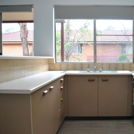 Rent this 2 bed townhouse on 3/7-15 Taranto  Road