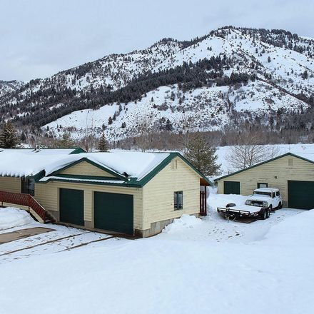Rent this 3 bed house on 66 East Street in Star Valley Ranch, WY 83127
