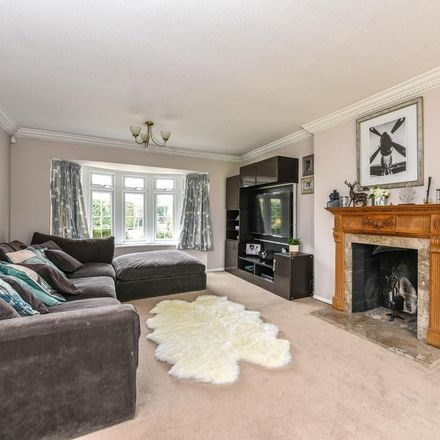 Rent this 4 bed house on The Knoll in Elmbridge KT11 2PN, United Kingdom