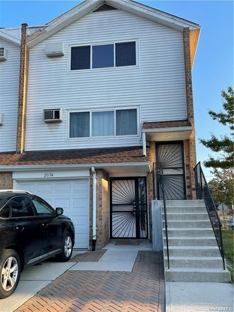 Rent this 2 bed townhouse on 2074 Needham Avenue in New York, NY 10466