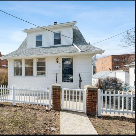 Rent this 3 bed house on 415 Quincy Ave in The Bronx, NY 10465