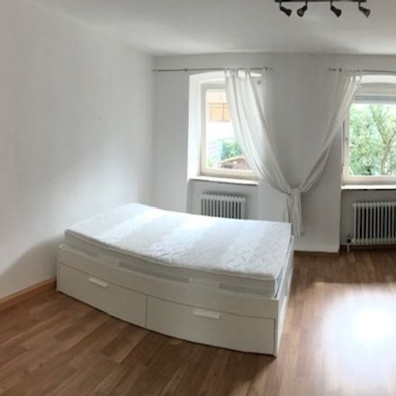 Rent this 2 bed apartment on Kleiner Exerzierplatz 12 in 94032 Passau, Germany