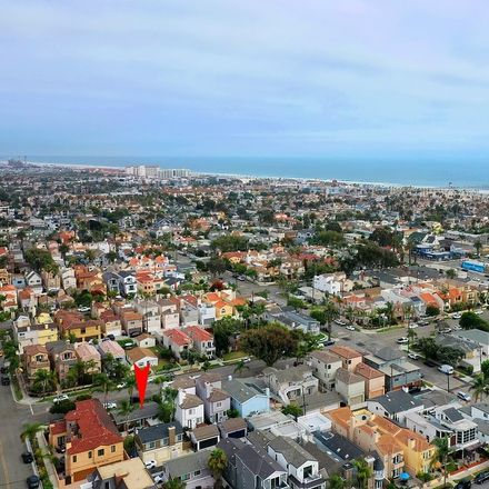 Rent this 0 bed townhouse on 521 12th Street in Huntington Beach, CA 92648