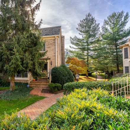 Rent this 3 bed townhouse on Brewer House Rd in Rockville, MD