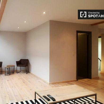 Rent this 1 bed apartment on Rue de Trèves - Trierstraat 38 in 1000 Ixelles - Elsene, Belgium