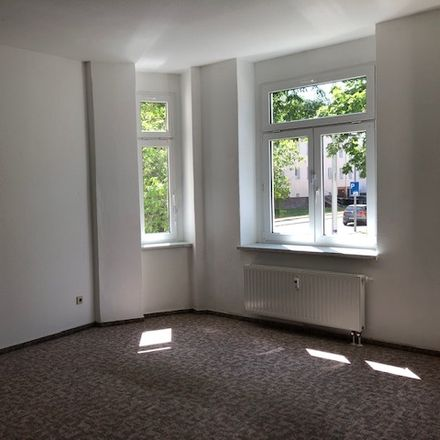 Rent this 3 bed apartment on Haydnstraße 13 in 09119 Chemnitz, Germany