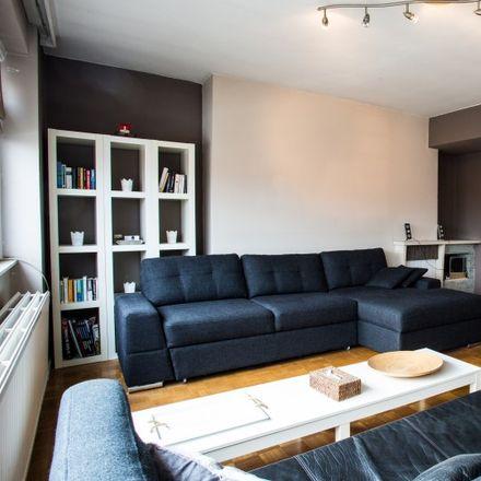 Rent this 1 bed apartment on Rue des Atrébates - Atrebatenstraat 135 in 1040 Etterbeek, Belgium