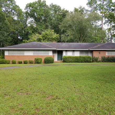 Rent this 3 bed house on 701 East Grossman Drive in Vidalia, GA 30474